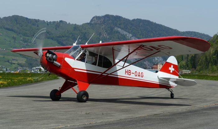 HB-OAG Piper J3C